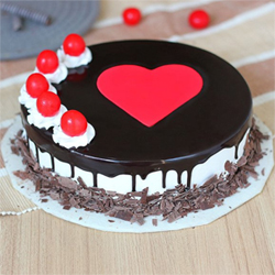 One kg Black forest cake  to Kakinada