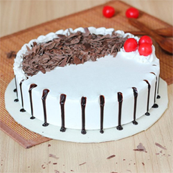 Snowy Black Forest 1kg  to Guntur
