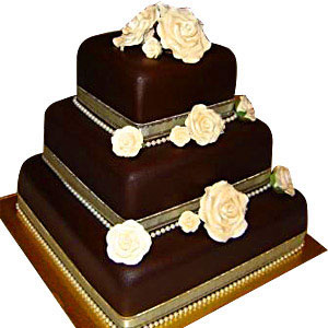 The most precious moments are those you share with your friends or dear ones. And the special wedding day chocolate cake 5kg