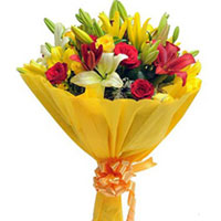 Bouquet of 4 Red Roses, 4 Yellow Roses, 2 Yellow Asiatic Lilies, 2 Red Asiatic Lilies and Seasonal Filler