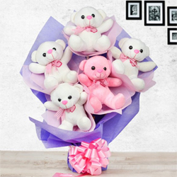 Teddies arrangement