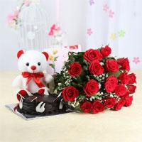 Cake & roses  Gifts to Vijayawada