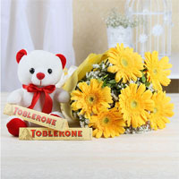 Roses&teddy to Rajahmundry
