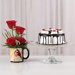 Cake Combo in Personalised Mug