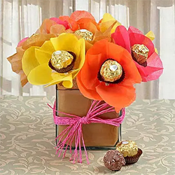 Ferrero Rocher in Glass Vase