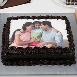 1kg Family Photo Cake to Kakinada