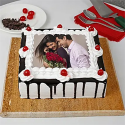 1kg Black Forest Photo Cake to Vizag