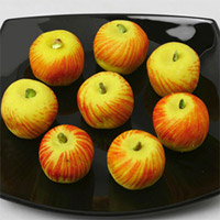1/2kg Apple Sweet :A rich delightful special sweet