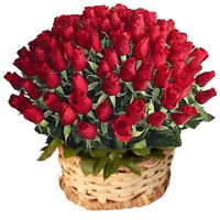100 Red Roses in a Basket to kakinada
