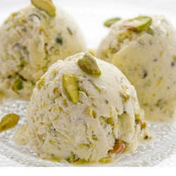 Kaju Kismis Ice cream