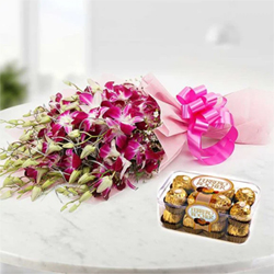 Choose this wonderful combo consisting of a gorgeous bunch of 6 orchids along-with a box of 16 scrumptious Ferrero Rocher Chocolates.
