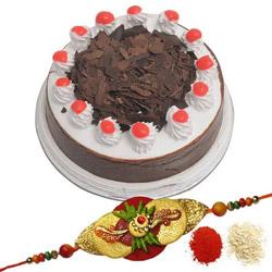 Rakhi &  Blackforest Cake