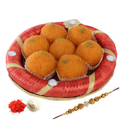 Motichoor Ladoo With Rakhi