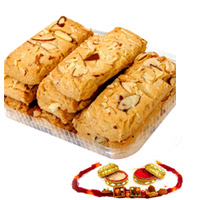 Rakhi with cookies