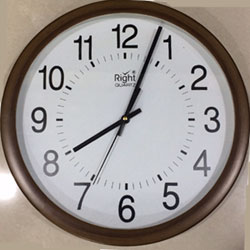 Elegant Wall Clock to Kakinada