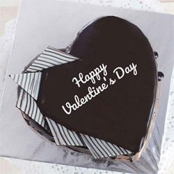 Heart Shaped Chocolate Cake to Kakinada